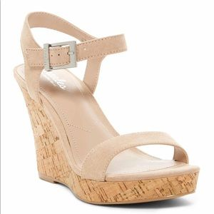 """NEW Charles by CHARLES DAVID """"Lindy"""" wedge in nude"""